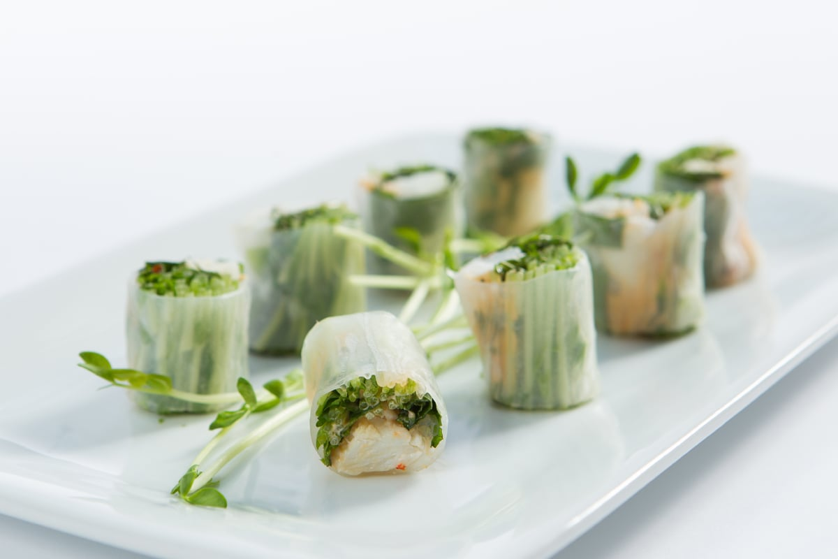 crab-spring-roll-pea-shoots-mint-basil-chili-mayonnaise_12935536405_o.jpg