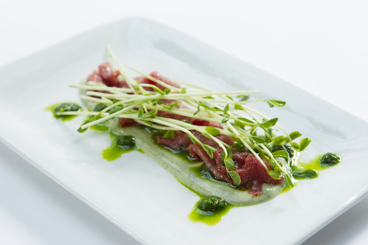 lamb-carpaccio-chive-puree-peppercorn-yogurt-pea-shoots_12935444305_o.jpg