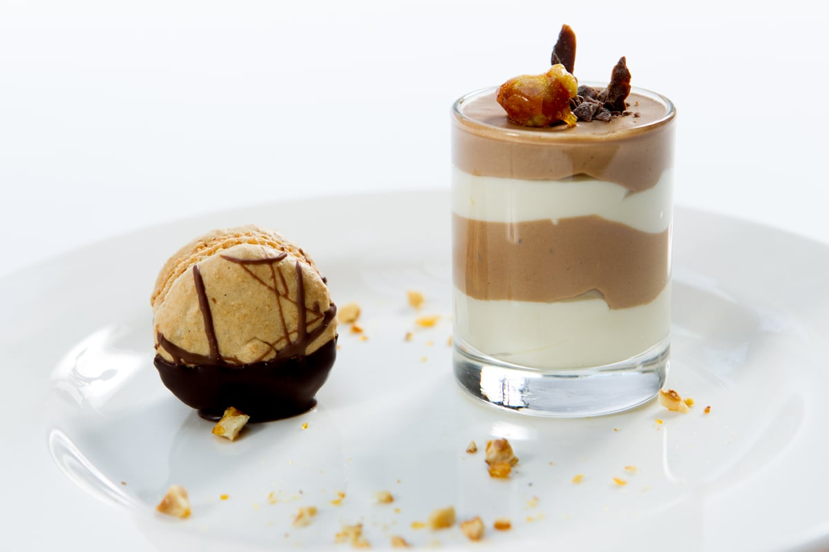 milk-and-white-chocolate-frangelico-mousse-hazelnut-macaroon_12935417895_o.jpg