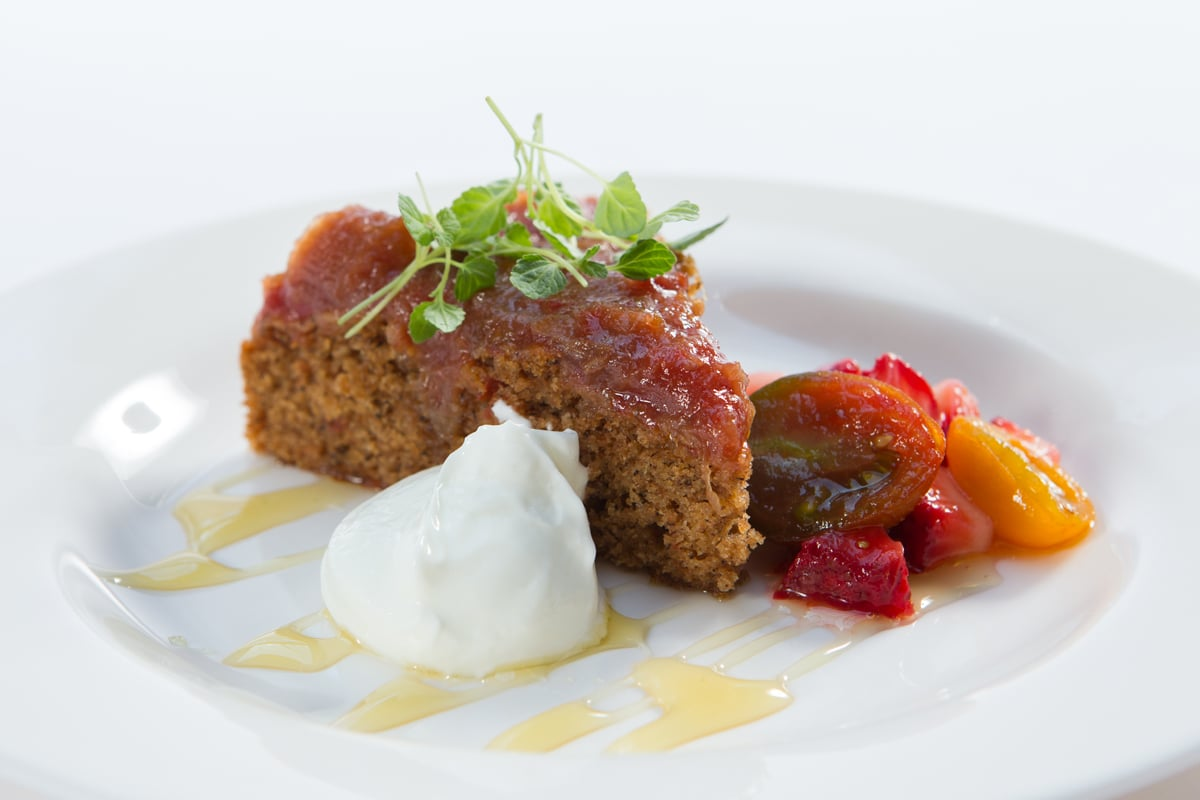olive-oil-tomato-cake-rhubarb-tomato-jam-strawberries-greek-yogurt-honey_12935387265_o.jpg