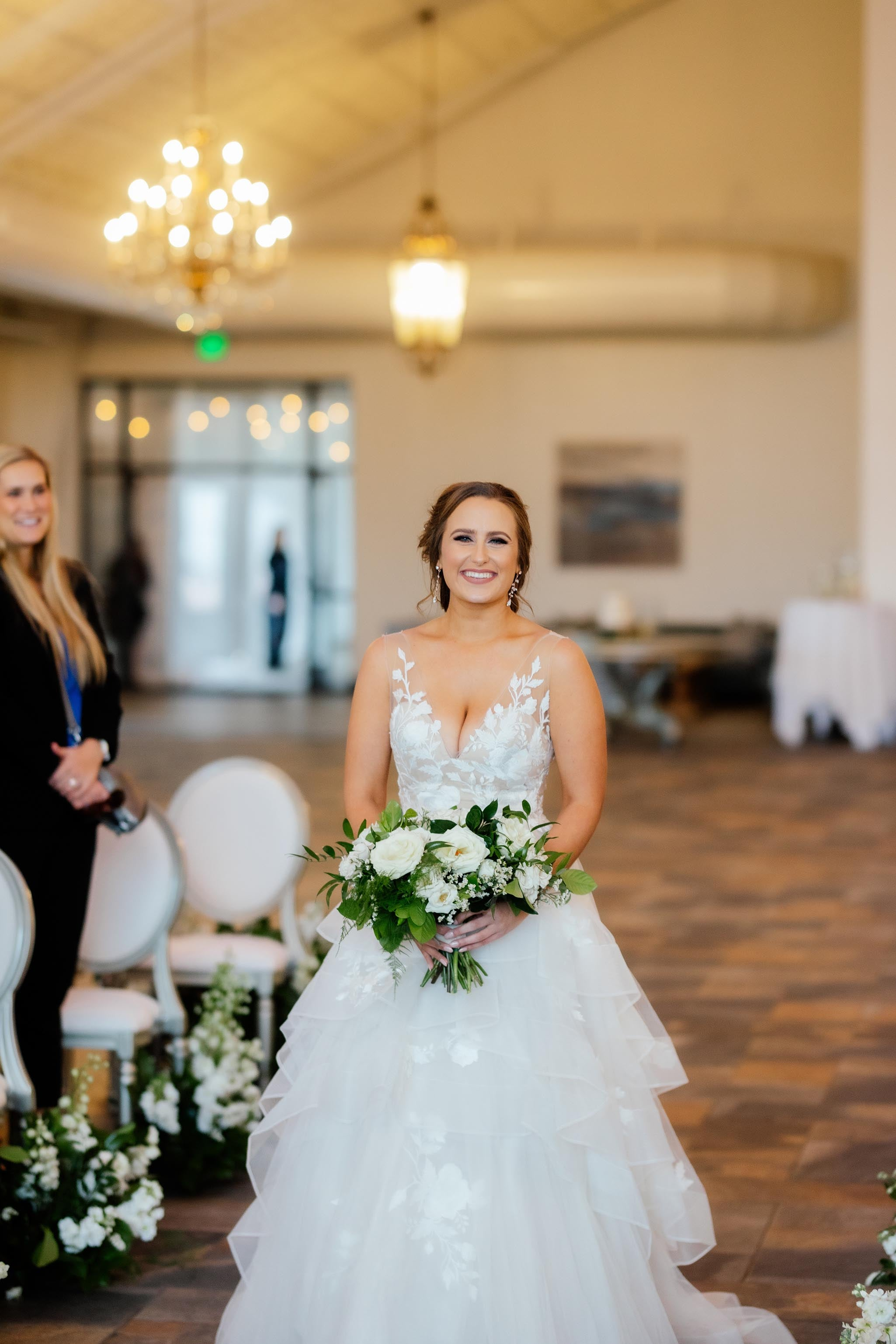 inside-ceremony-spaces-mn-bavaria-downs20.jpg