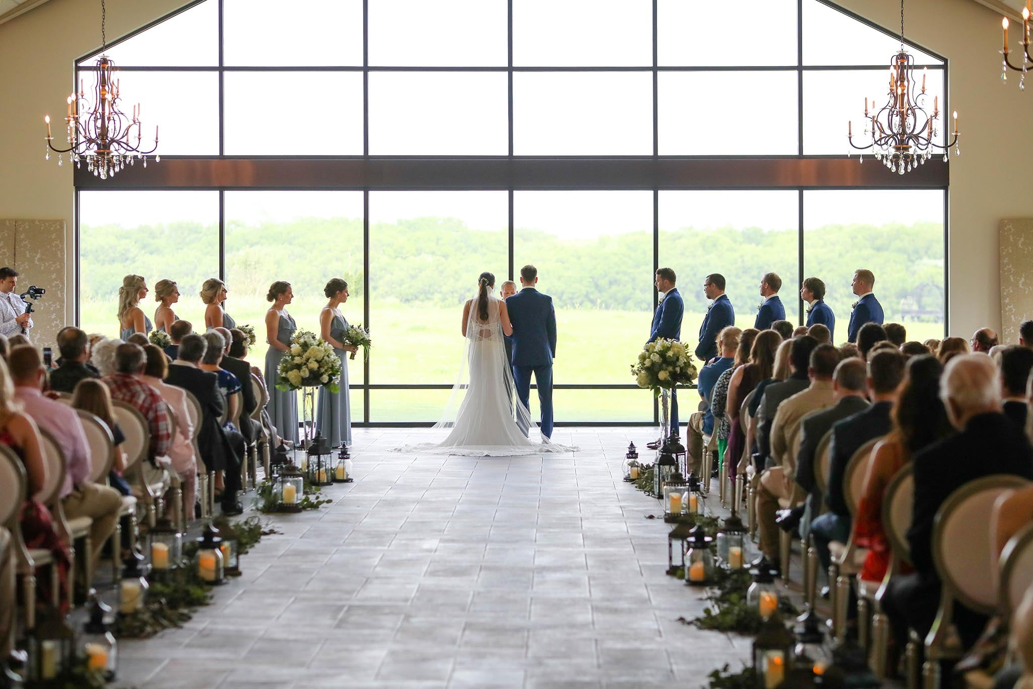 inside-ceremony-spaces-mn-bavaria-downs7.jpg